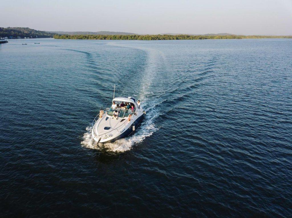 Searay 330 Yacht - Rent a Yacht in Goa